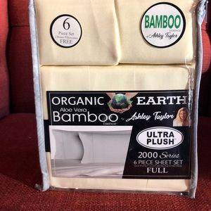 Aloe Vera Bamboo 6 pc Sheet set by Ashley Taylor